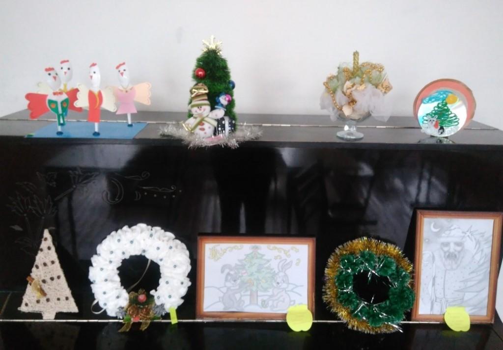 композиції1 e1481379029885 1024x713 Конкурс новорічних композицій