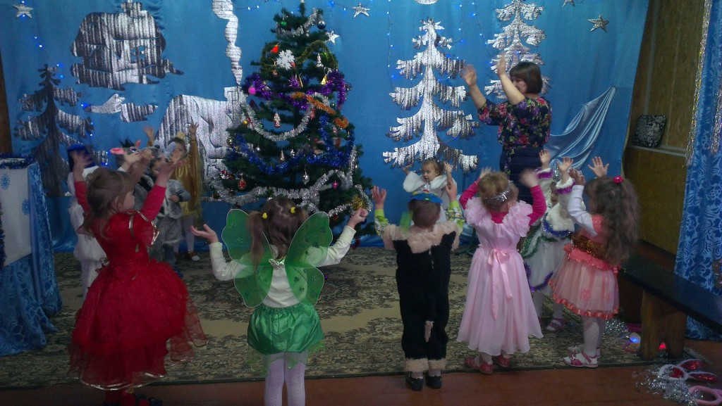 IMAG1831 1024x577 Новорічне свято найменших вихованців НВК
