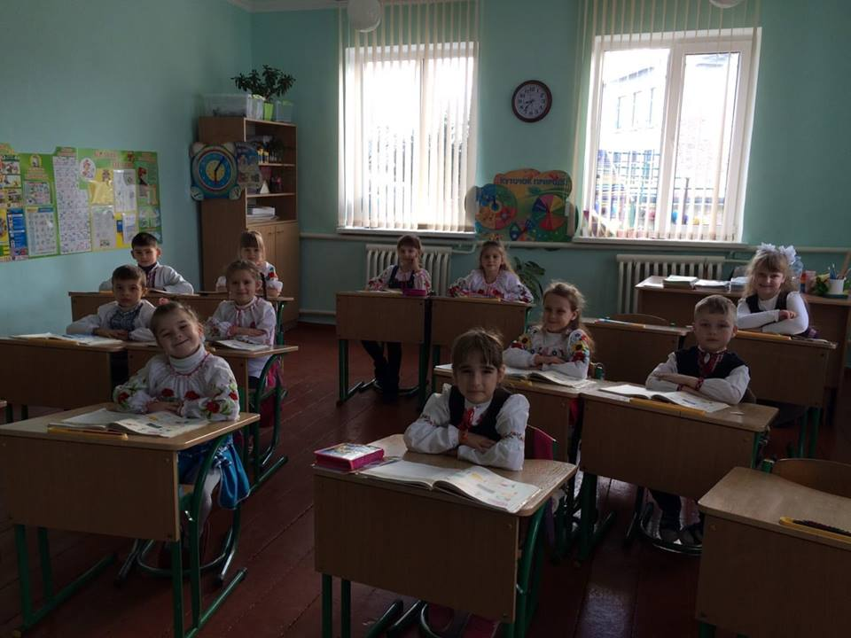 1 клас Міжнародний день рідної мови у Пологівському НВК